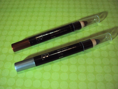 Lápis Sombra Avon Colortrend - Cores Marrom e Prata
