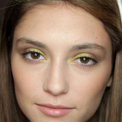 Maquiagem Floral - Amarelo