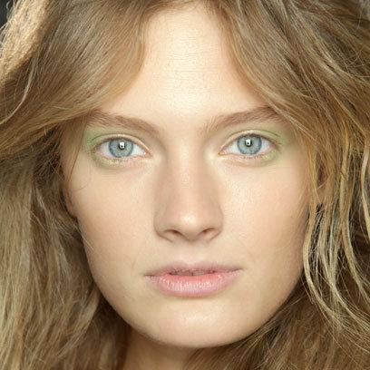 Maquiagem Floral - Verde